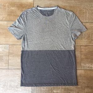 Banana Republic 👽 Vintage Grey Colorblock T-Shirt
